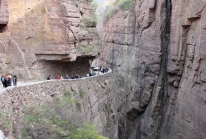 route-5-dangerous-roads-in-the-world-diseasepictures