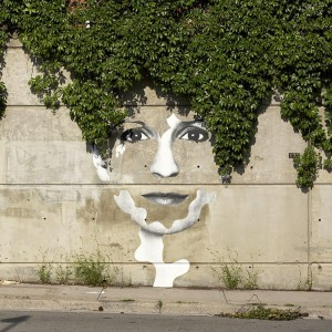 These 28 Works Of Street Art Interact Perfectly With Her Around. They are Very Clever!