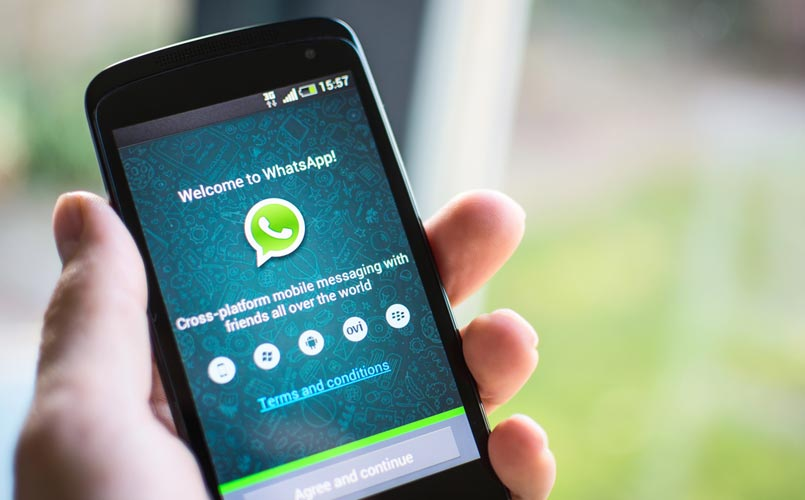 WhatsApp New Update Allow Voicemail Service, Will Read Messages To You, Can Click Selfies In The Dark (5)