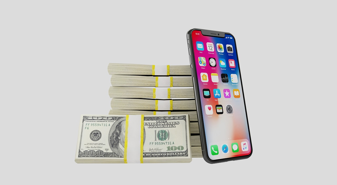 iphone-x-money-on-table