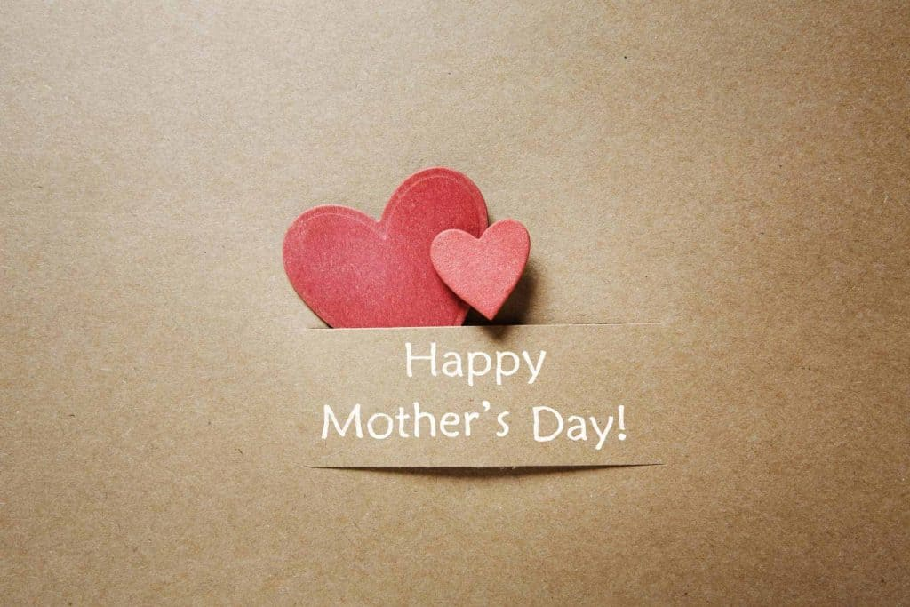 happy-mothers-day-with-heart-and-text-wishes
